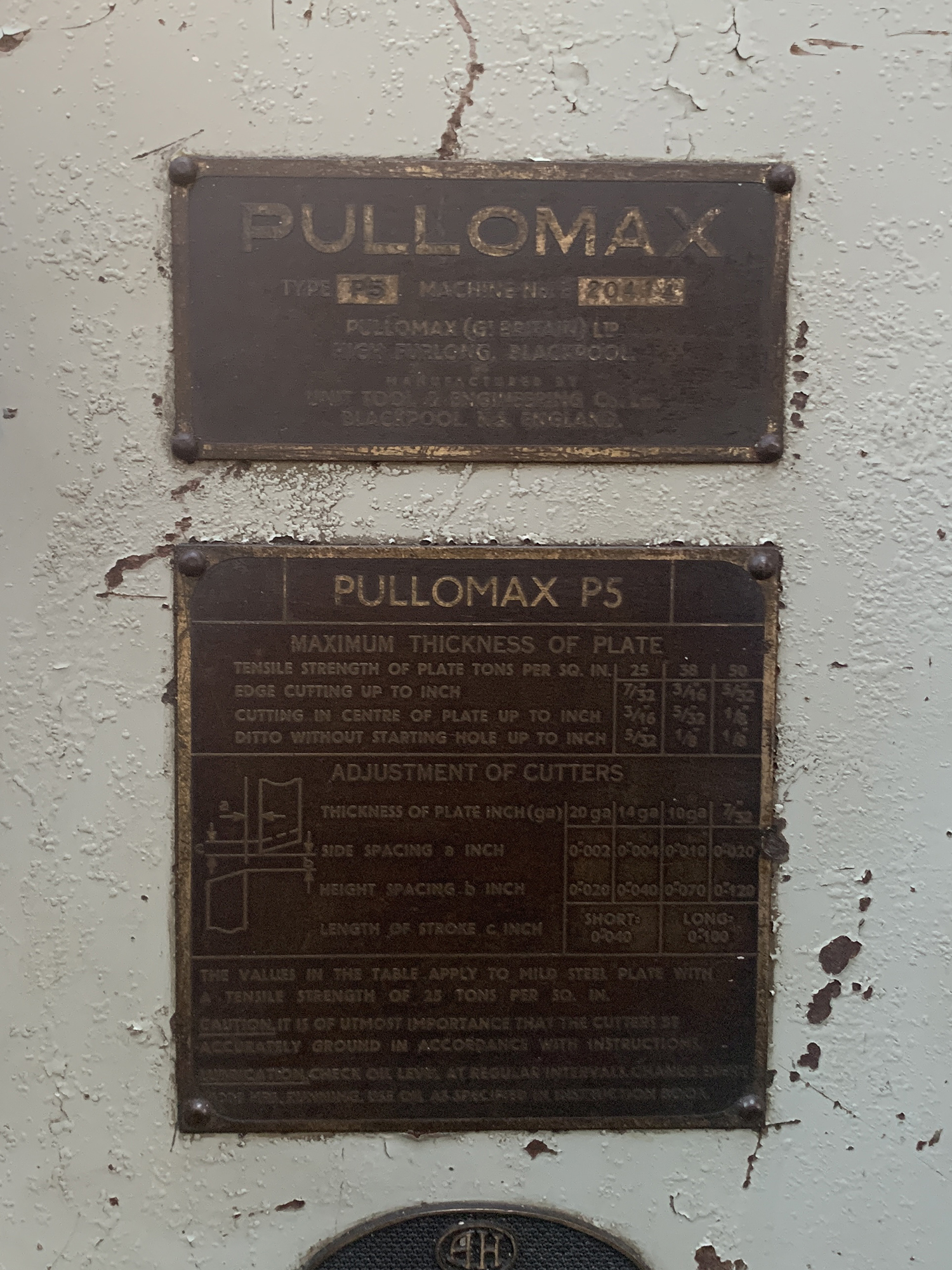"Pullomax Model P5 Nibbler. 42"" Throat. - Image 5 of 5"