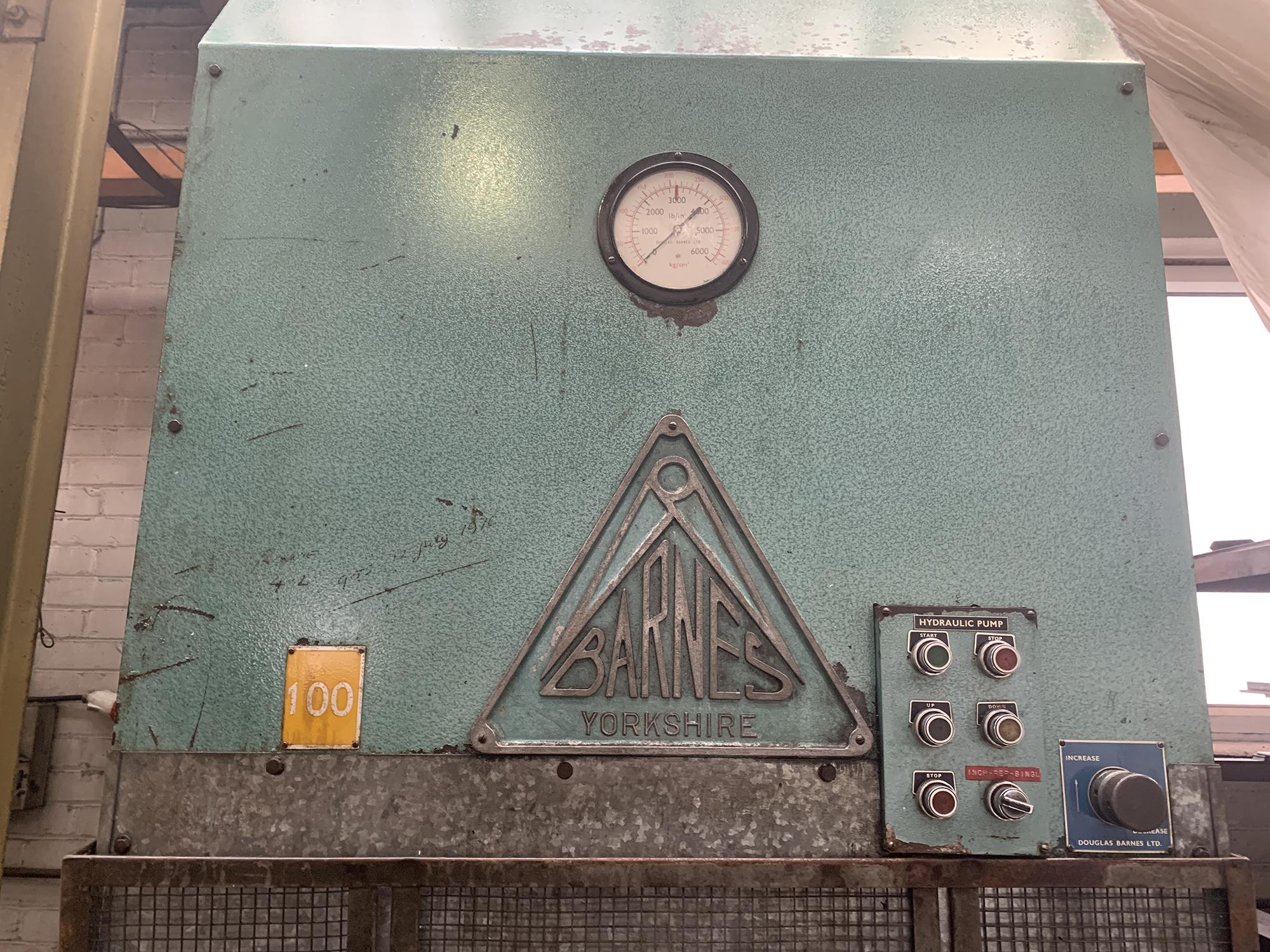 Barnes Hydraulic Press. 100 Ton Capacity. 24'' x 48'' Platen Size. - Image 4 of 5