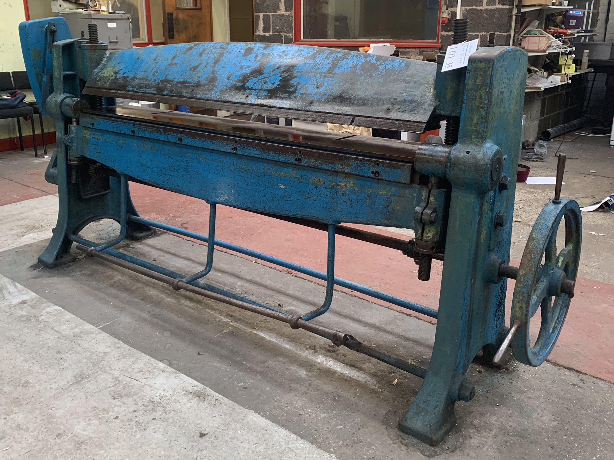 High Lift Manual Folding Machine. 48'' Capacity. - Image 2 of 3