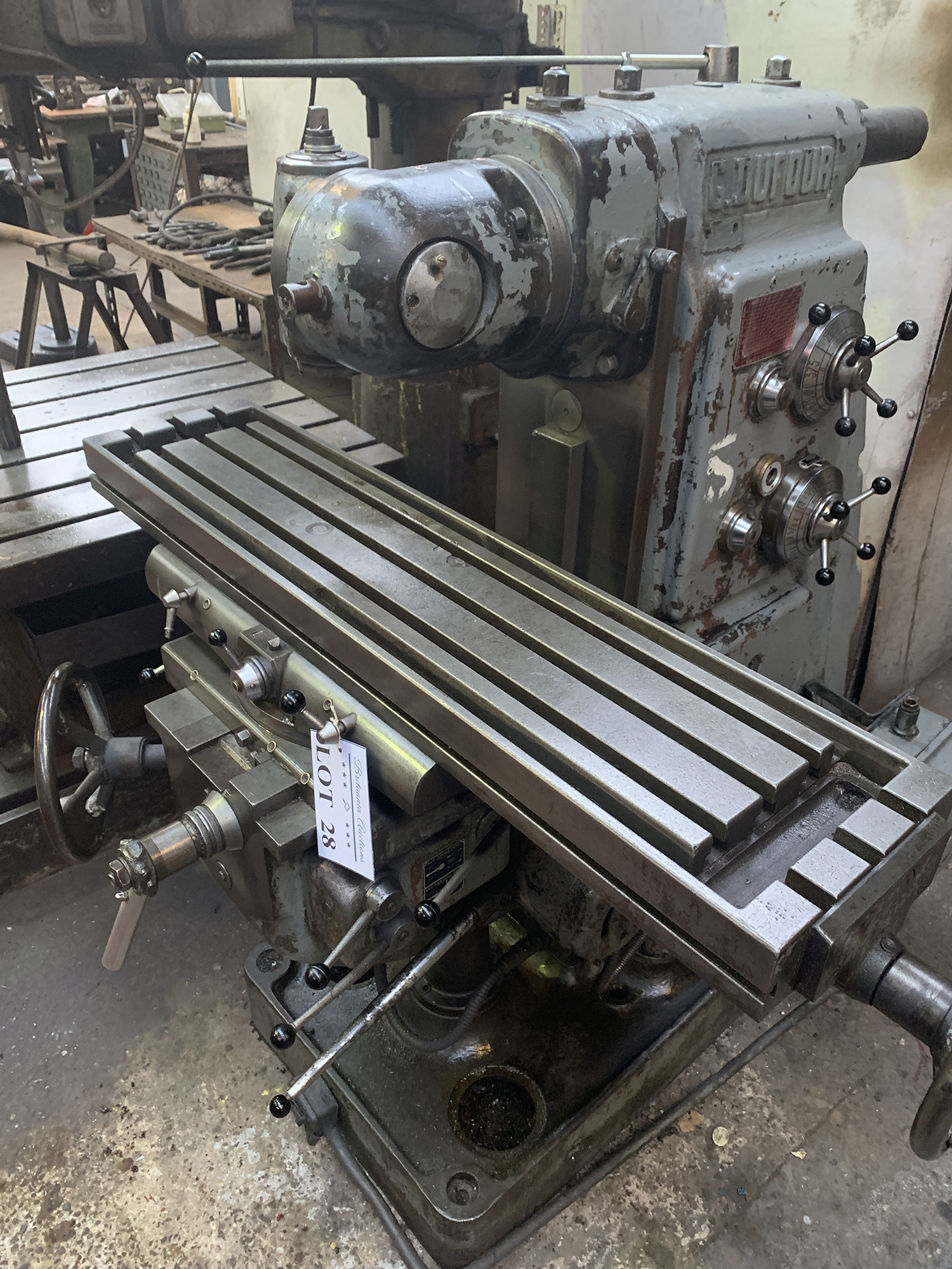 Dufour Universal Milling Machine with Double Swivel Head. Table Size 1100 x 250mm. - Image 4 of 4