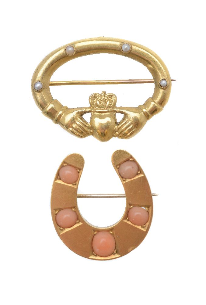 Lot 1 - ϒ A Victorian coral horseshoe brooch