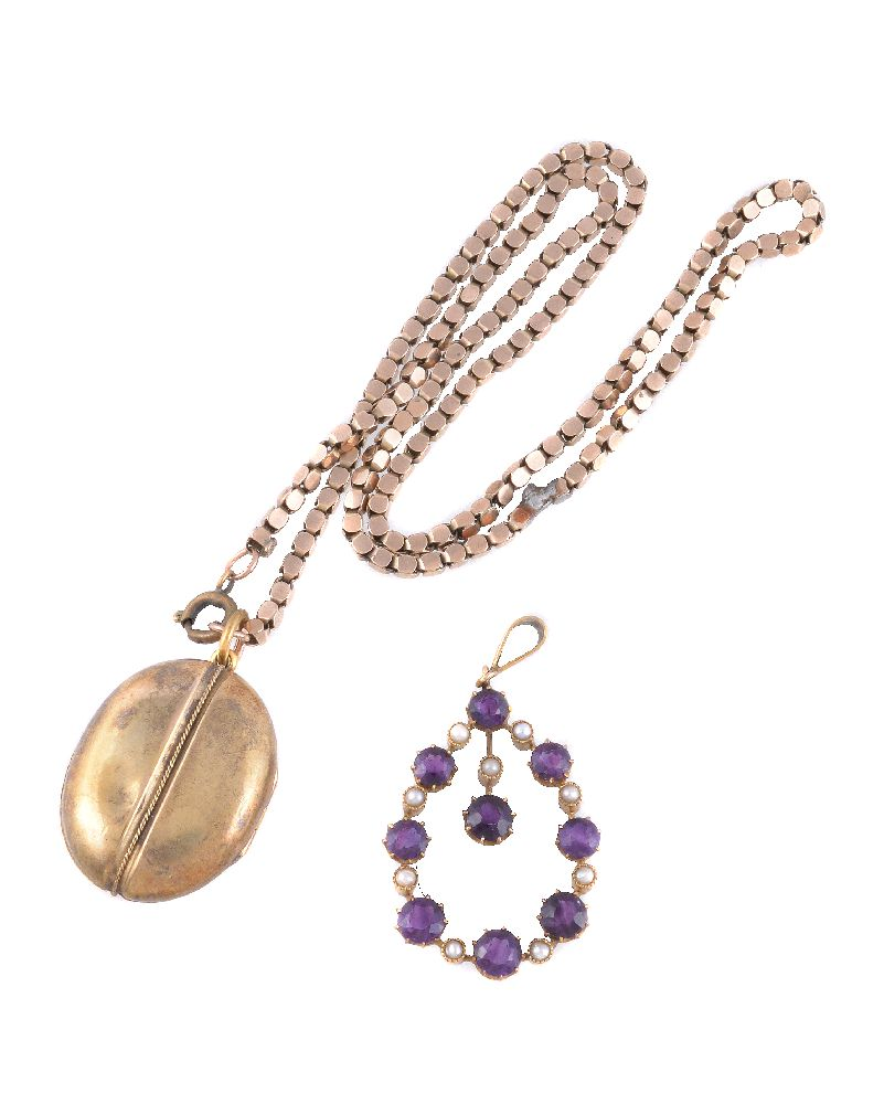 Lot 48 - An amethyst and seed pearl pendant