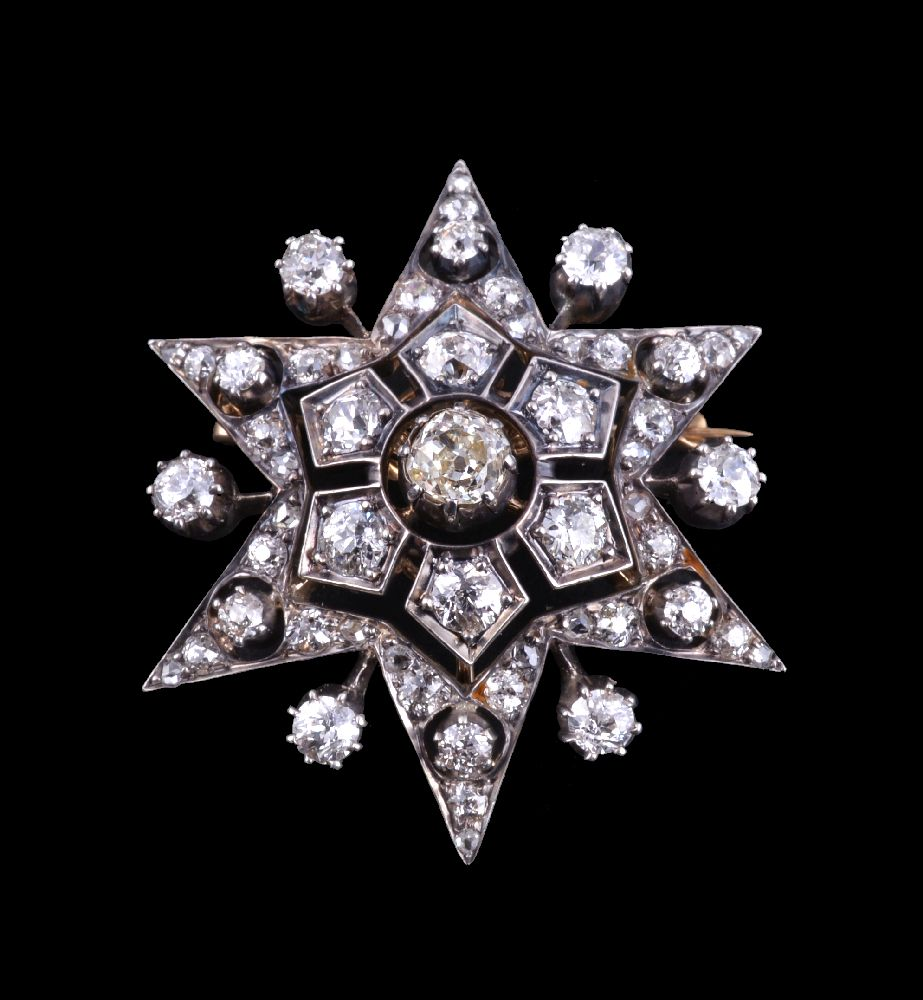 Lot 26 - A Victorian diamond star brooch