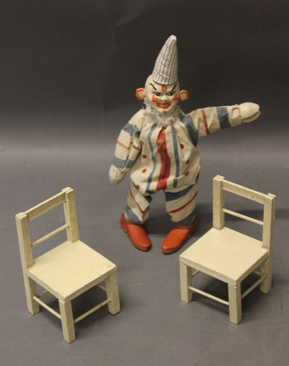"Lot 74 - A pre 1935 Schoenhut ""Humpty Dumpty"" circus clown with 2 chairs"