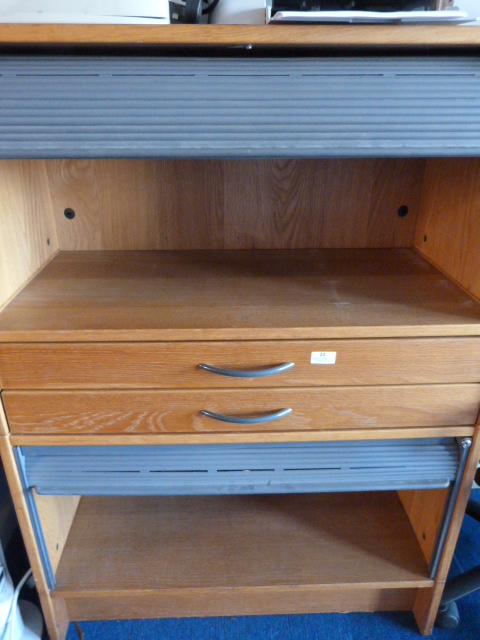 Lot 23 - *Office Unit with Two Sets of Drawers and Two Roll