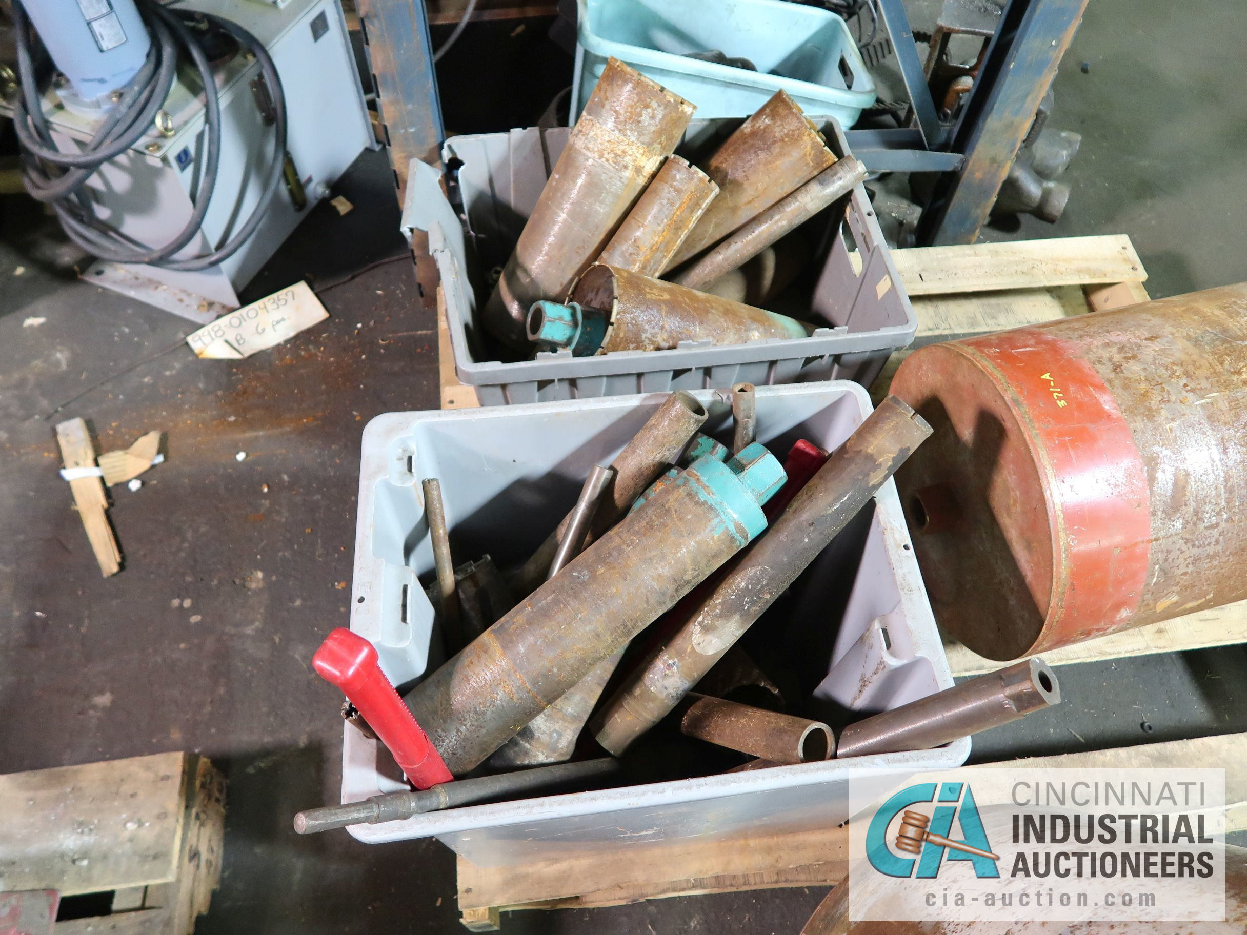"""(LOT) CONCRETE CORE DRILLS - (1) AT 22"""", (1) AT 13"""" AND OTHER SMALLER SIZES - Image 3 of 4"""
