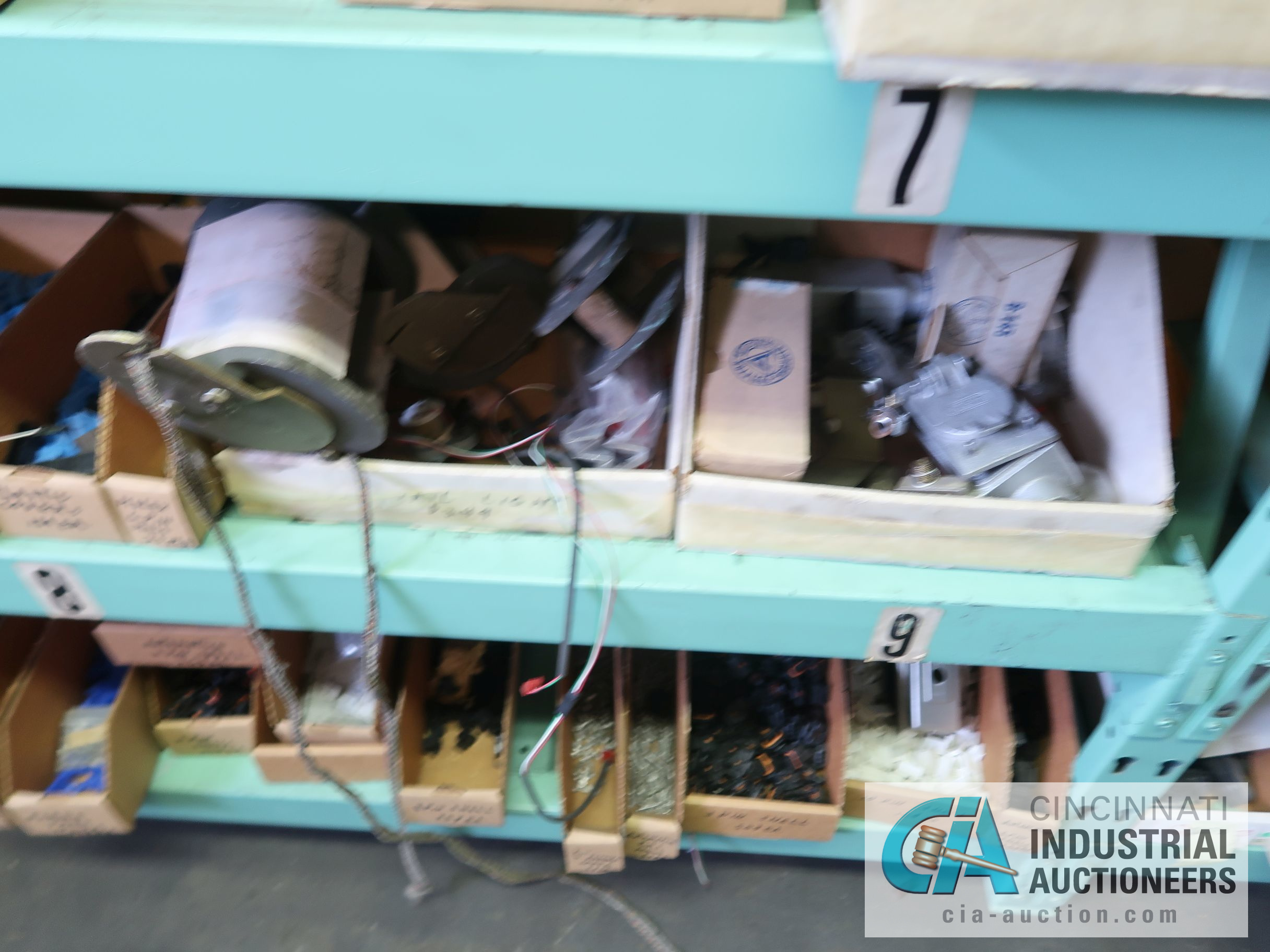 CONTENTS OF (5) RACKS INCLUDING MISCELLANEOUS AUTOMOTIVE PARTS, LIGHTS, FILTERS, ENGINE PARTS, RIMS, - Image 19 of 29