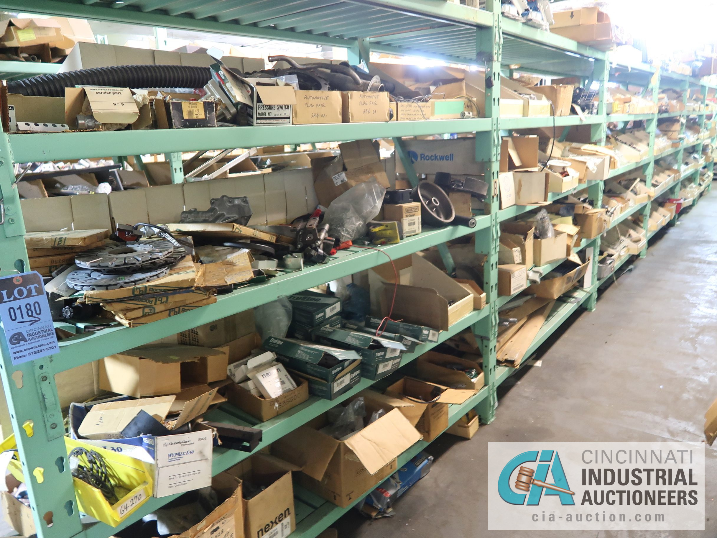 CONTENTS OF (6) RACKS INCLUDING MISCELLANEOUS AUTOMOTIVE PARTS, BREAKS, ROTORS, GASKETS, MOUNTING