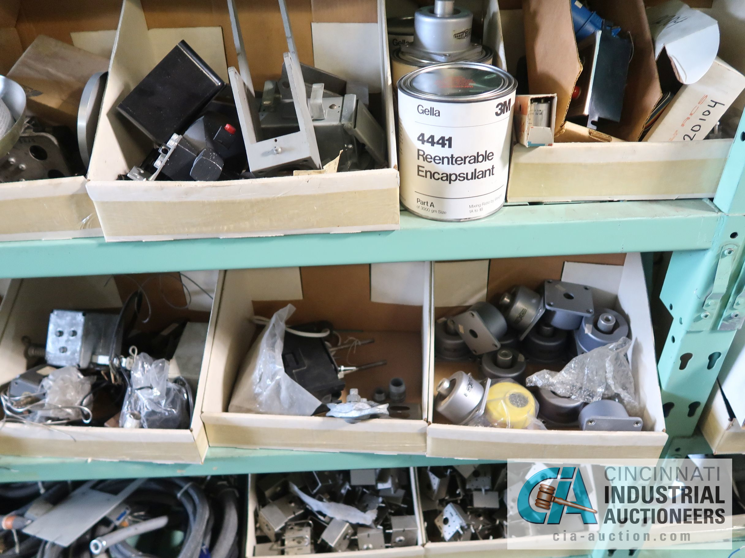 CONTENTS OF (6) RACKS INCLUDING MISCELLANEOUS AUTOMOTIVE PARTS, BREAKS, ROTORS, GASKETS, MOUNTING - Image 14 of 38
