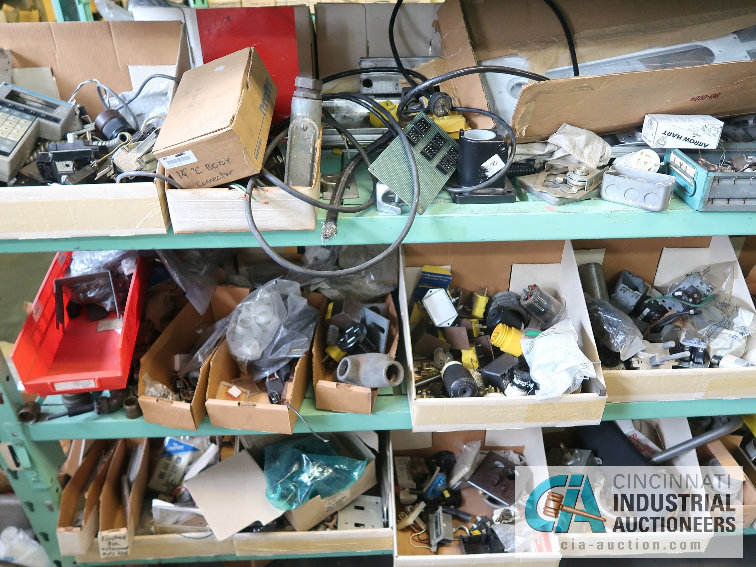 CONTENTS OF (6) RACKS INCLUDING MISCELLANEOUS AUTOMOTIVE PARTS, BREAKS, ROTORS, GASKETS, MOUNTING - Image 20 of 38