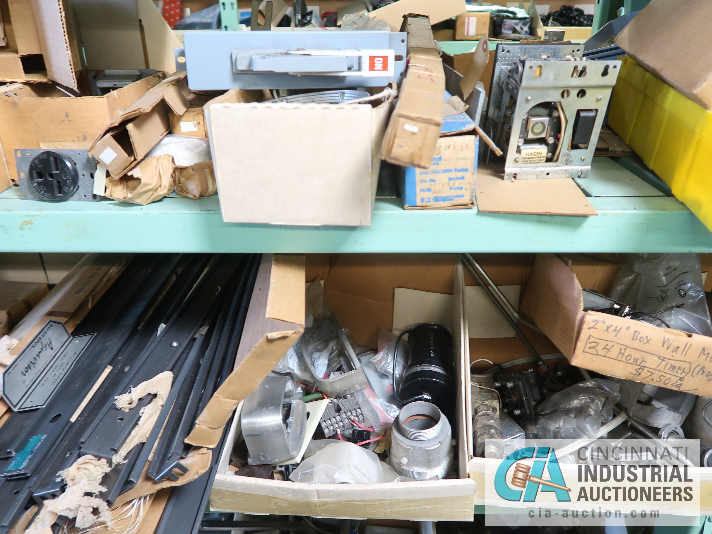 CONTENTS OF (6) RACKS INCLUDING MISCELLANEOUS AUTOMOTIVE PARTS, BREAKS, ROTORS, GASKETS, MOUNTING - Image 13 of 38