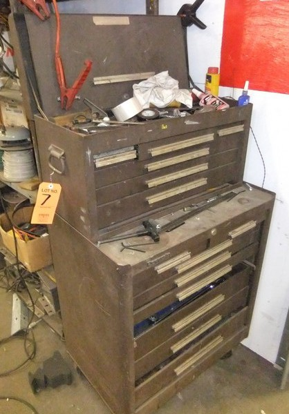 Lot 7 - ROLLING TOOLBOX W/ CONTENTS