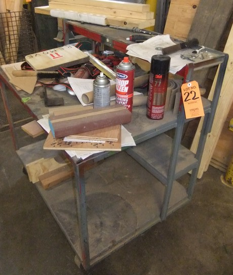 Lot 22 - METAL ROLLING CART