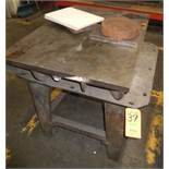 LOT: SURFACE PLATE & TABLE