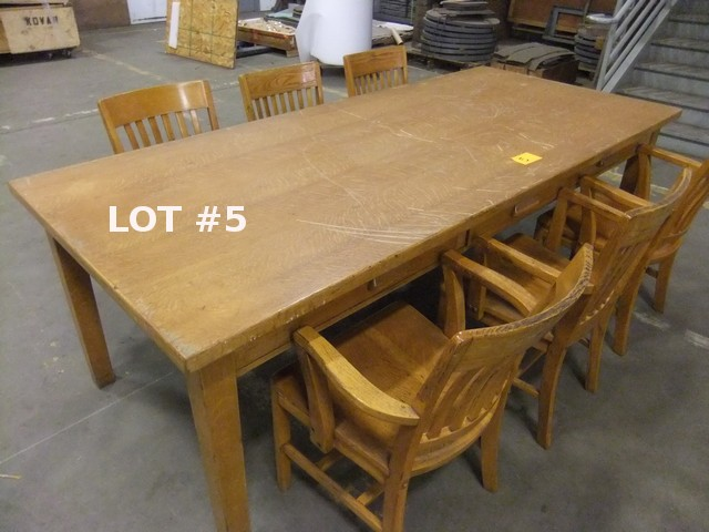 "Lot 5 - LOT: OAK LIBRARY TABLE (30.5""H x 42""W x 96"" L) W/ (6) SIDE CHAIRS"