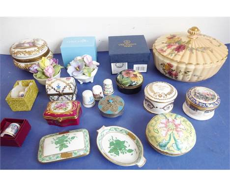 A good selection of fine quality ornamental ceramics and bijouterie; to include ceramic boxes andan early 20th century Royal