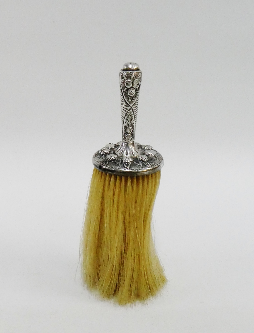 Lot 8 - Victorian silver handled crumb brush, retailed by Thornhill of Bond Street, London 1887, 20cm long