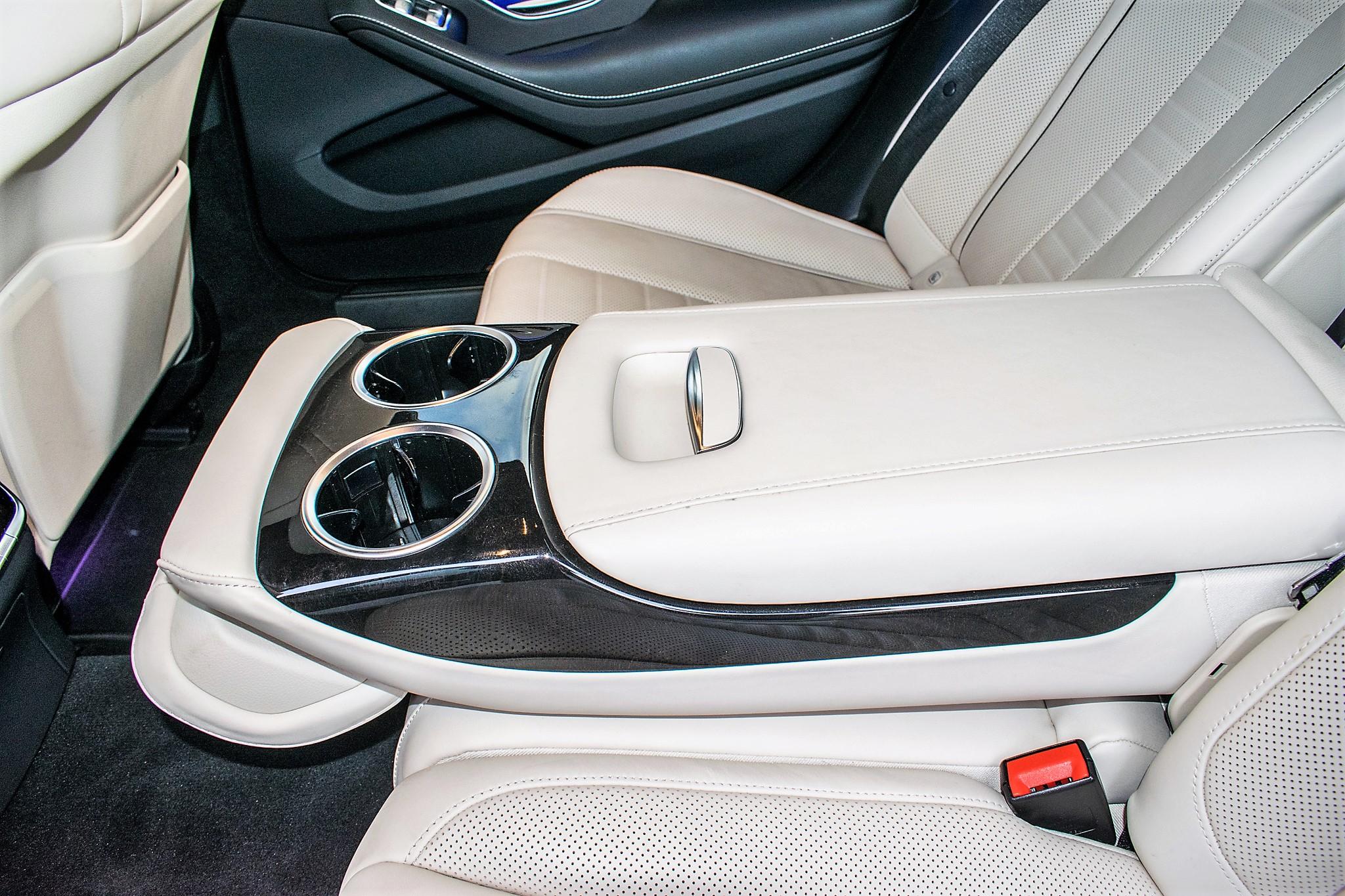 Mercedes Benz S450 L AMG Line Executive auto petrol 4 door saloon car Registration Number: FX68 - Image 28 of 33