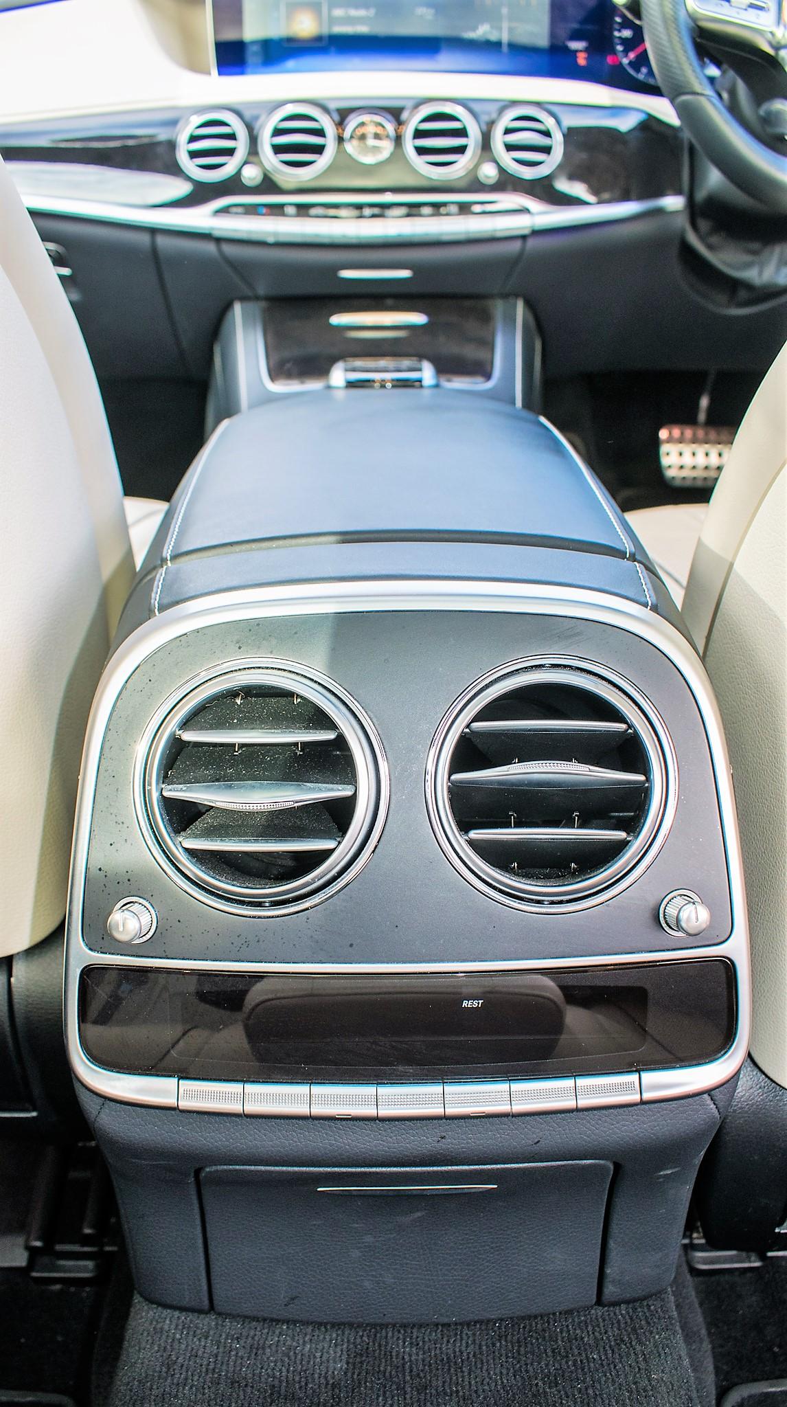 Mercedes Benz S450 L AMG Line Executive auto petrol 4 door saloon car Registration Number: FX68 - Image 28 of 30