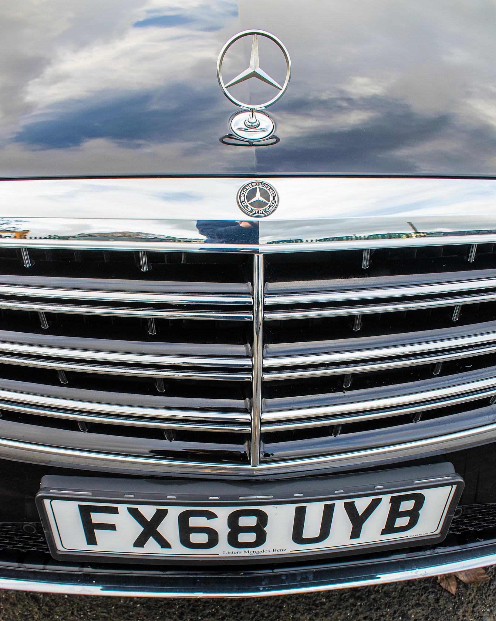Mercedes Benz S450 L AMG Line Executive auto petrol 4 door saloon car Registration Number: FX68 - Image 18 of 33
