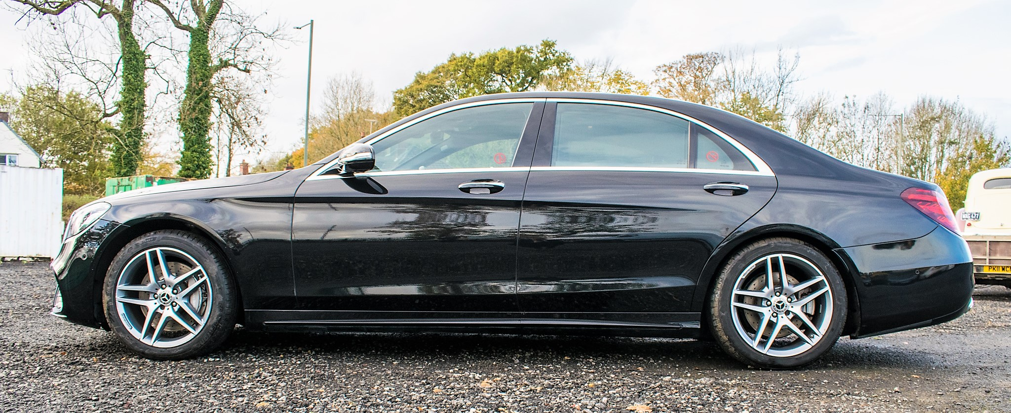 Mercedes Benz S450 L AMG Line Executive auto petrol 4 door saloon car Registration Number: FX68 - Image 8 of 33
