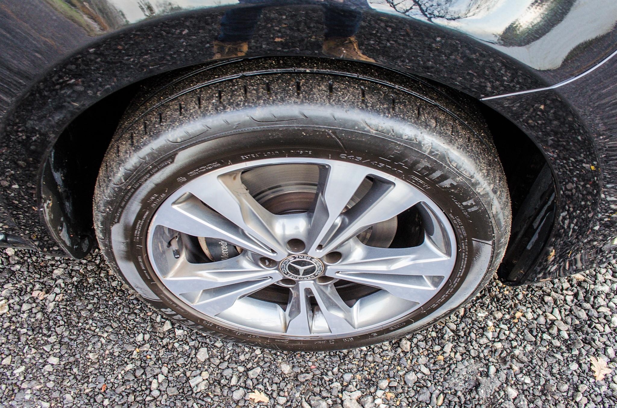 Mercedes Benz V250 Sport Bluetec XLWB auto diesel 8 seat MPV Reg No: FY68 JTO Date of First - Image 13 of 27