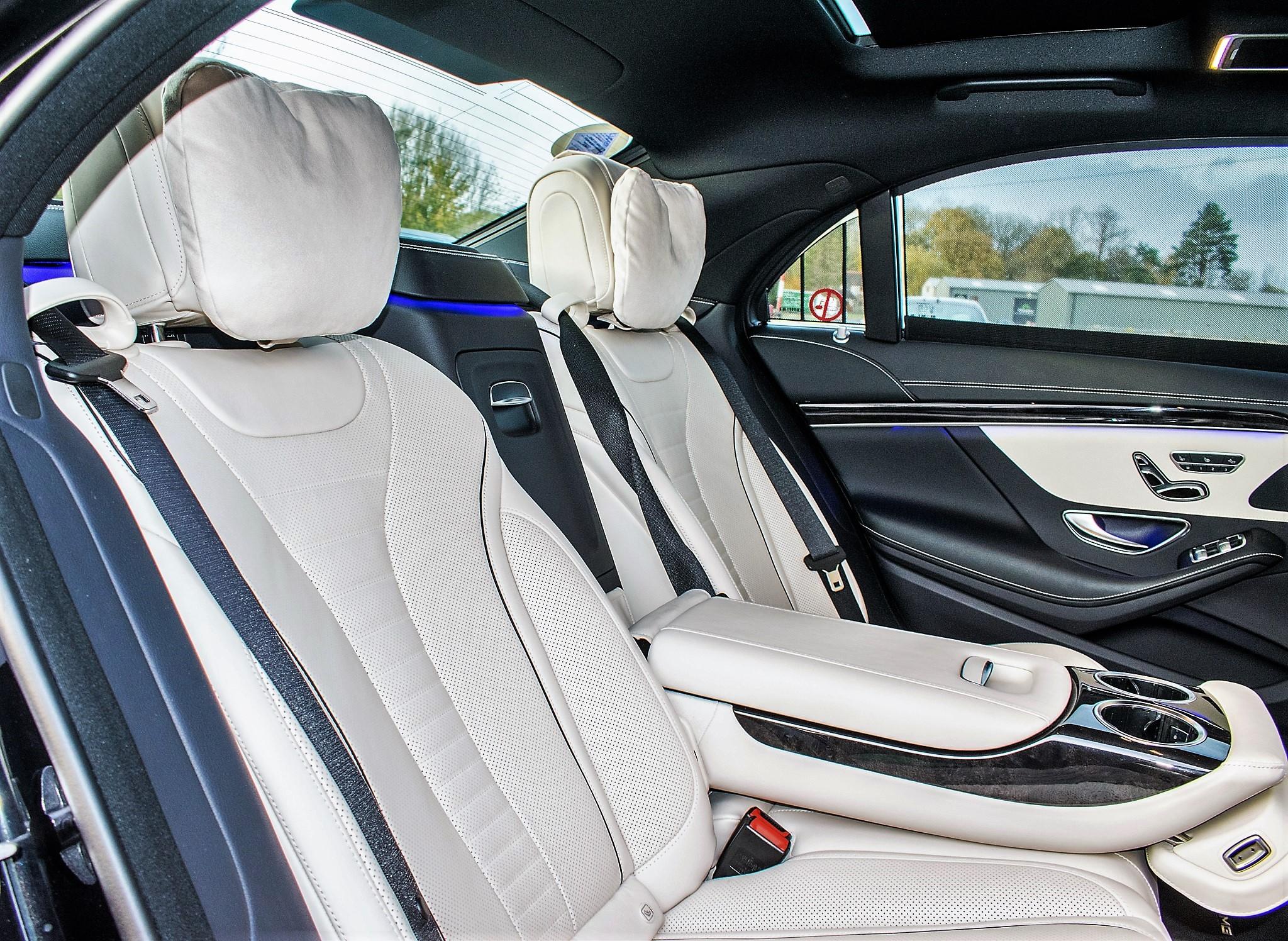 Mercedes Benz S450 L AMG Line Executive auto petrol 4 door saloon car Registration Number: FX68 - Image 25 of 33