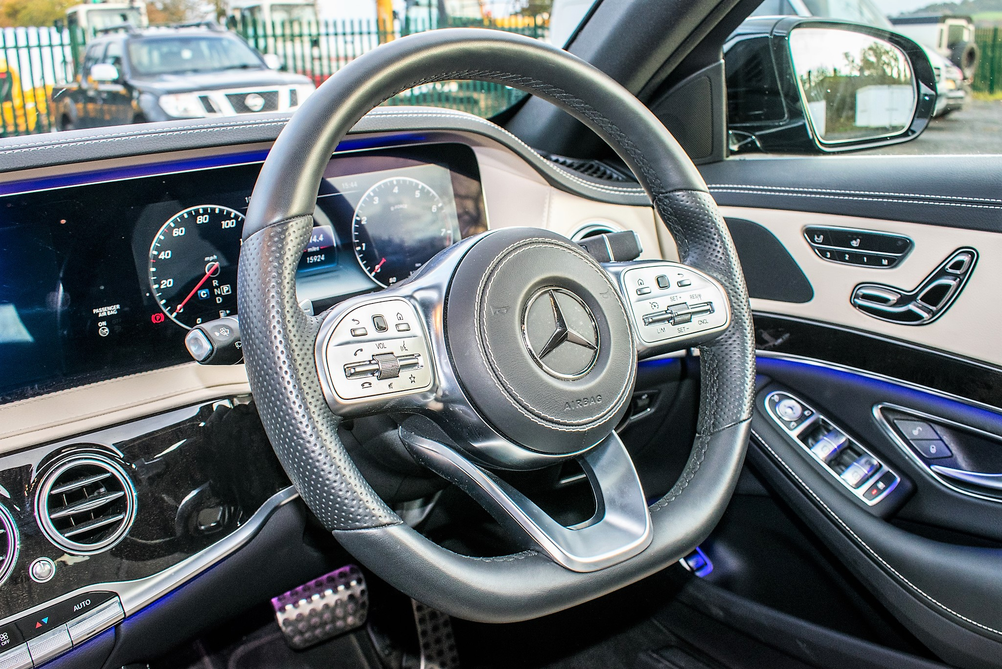 Mercedes Benz S450 L AMG Line Executive auto petrol 4 door saloon car Registration Number: FX68 - Image 32 of 33