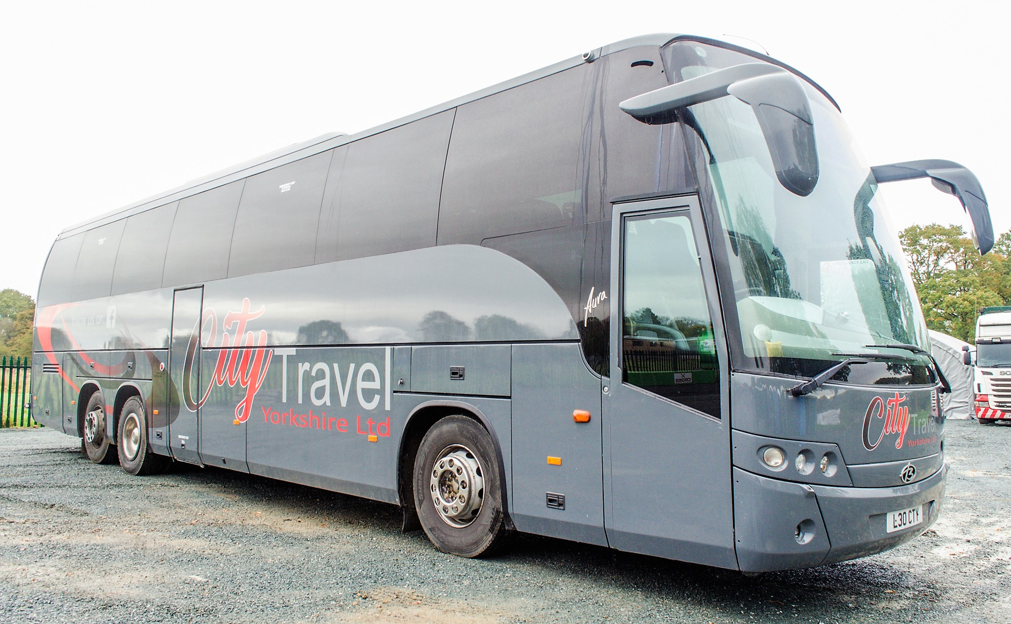 MAN F2000 Beulas Aura 54 seat luxury coach Registration Number: KC08 KTC Date of Registration: 30/ - Image 2 of 19