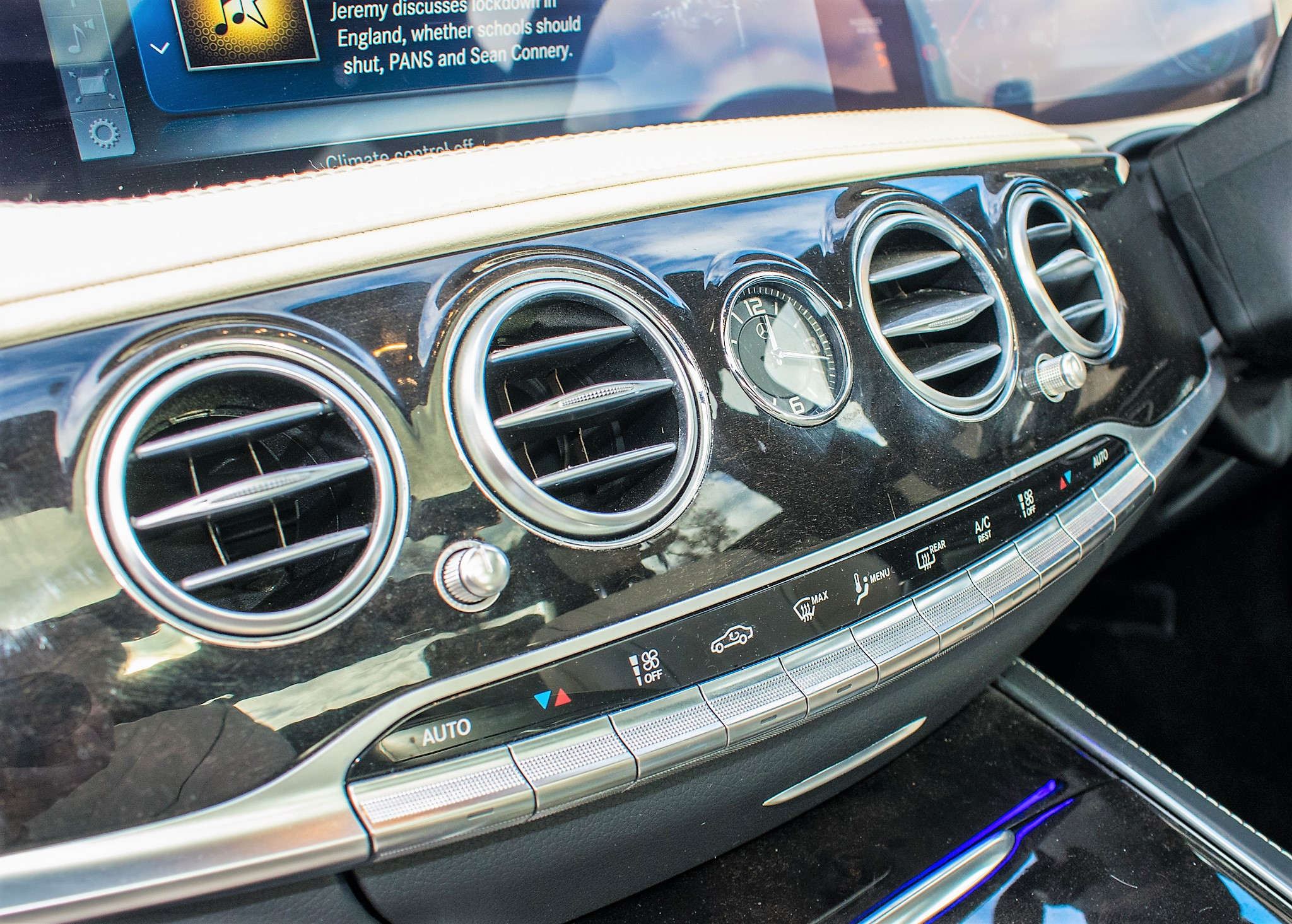 Mercedes Benz S450 L AMG Line Executive auto petrol 4 door saloon car Registration Number: FX68 - Image 30 of 30