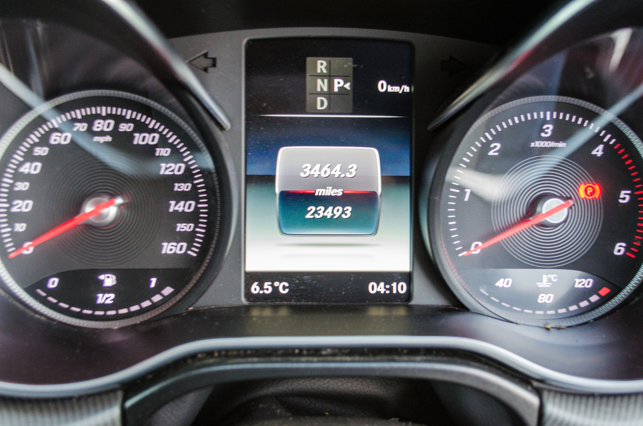 Mercedes Benz V250 Sport Bluetec XLWB auto diesel 8 seat MPV Reg No: FY68 JTO Date of First - Image 23 of 27