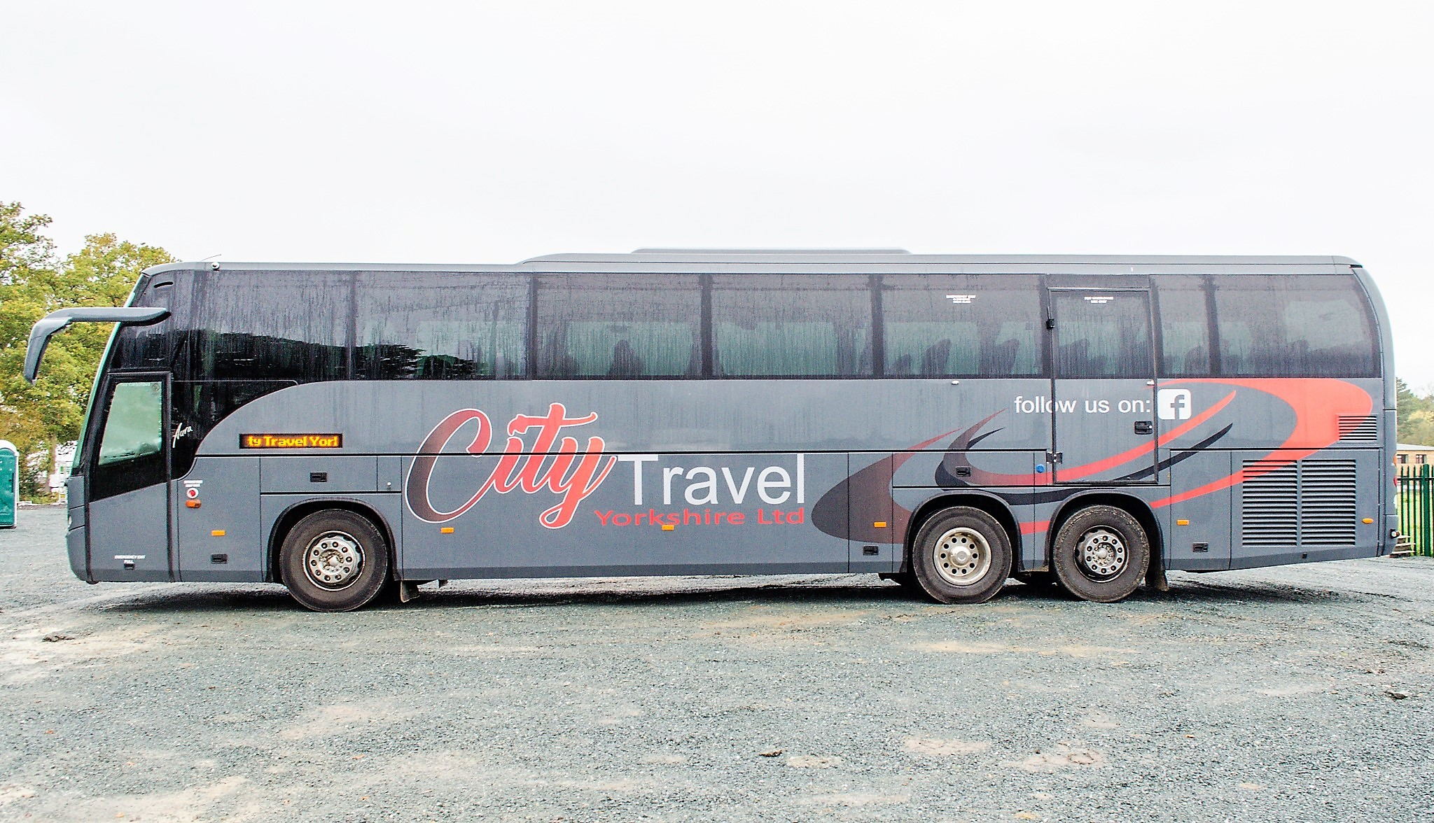 MAN F2000 Beulas Aura 54 seat luxury coach Registration Number: KC08 KTC Date of Registration: 30/ - Image 7 of 19