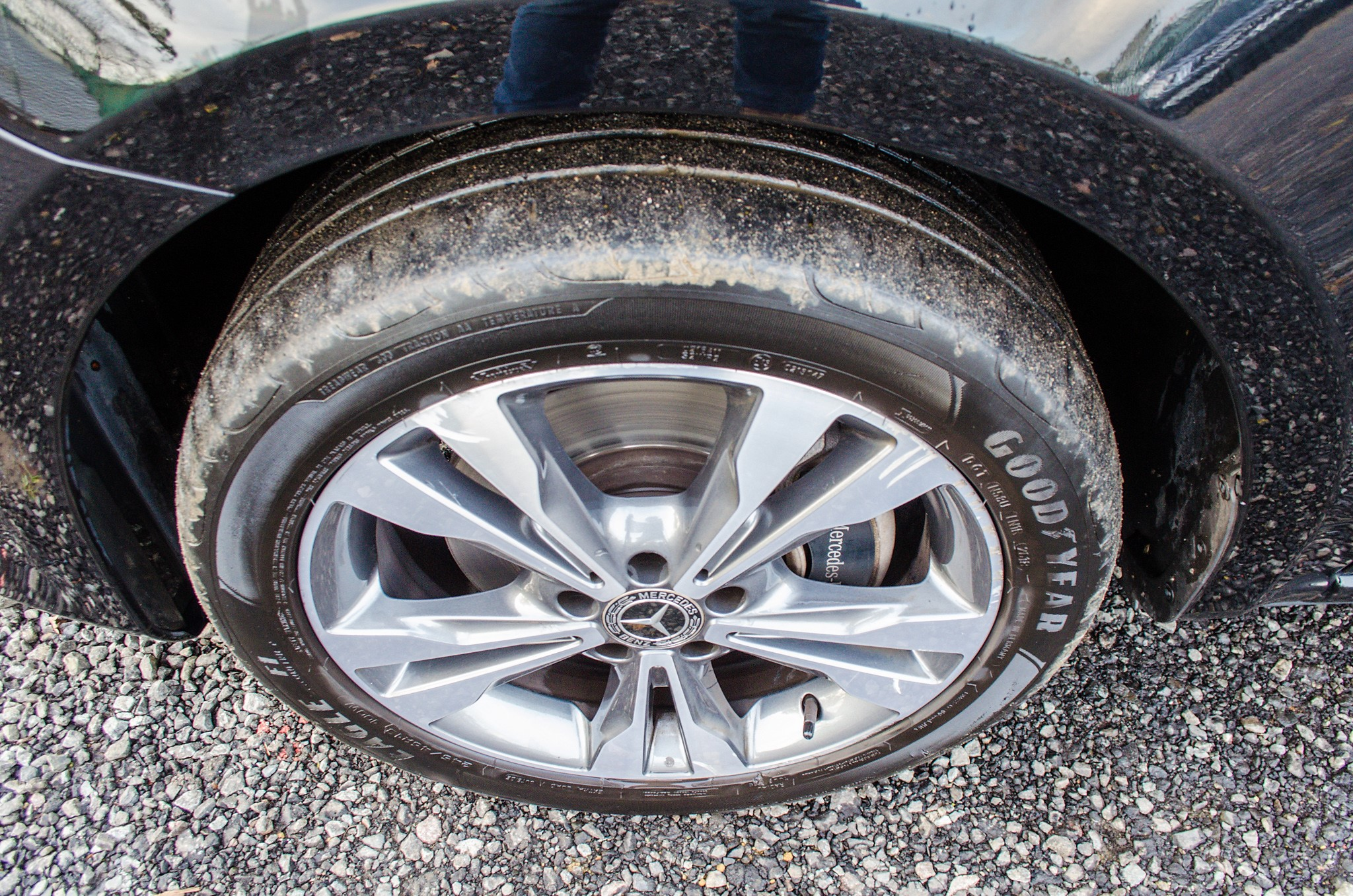 Mercedes Benz V250 Sport Bluetec XLWB auto diesel 8 seat MPV Reg No: FY68 JTO Date of First - Image 14 of 27