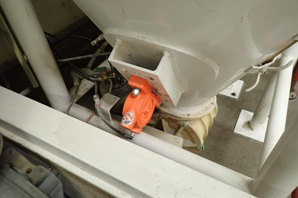 Use bin 10 ft. tall x 48 in. dia., with 10 in. rotary valve, (#1). **Rigging Fee: $600** - Image 3 of 7