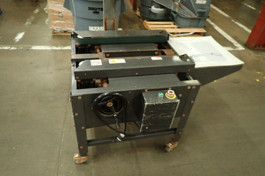 Little David case taper, Model LD3SB/2, SN 380226ESB2E, no tape heads. **Rigging Fee: $75** - Image 2 of 6