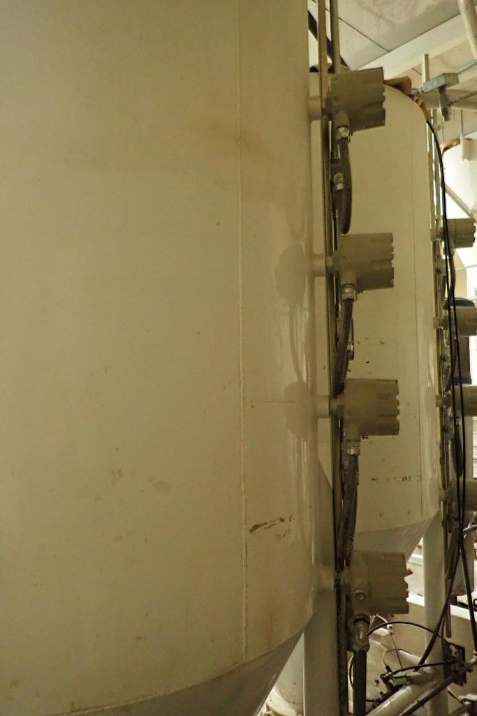 Use bin 10 ft. tall x 48 in. dia., with 10 in. rotary valve (#2). **Rigging Fee: $600** - Image 6 of 6