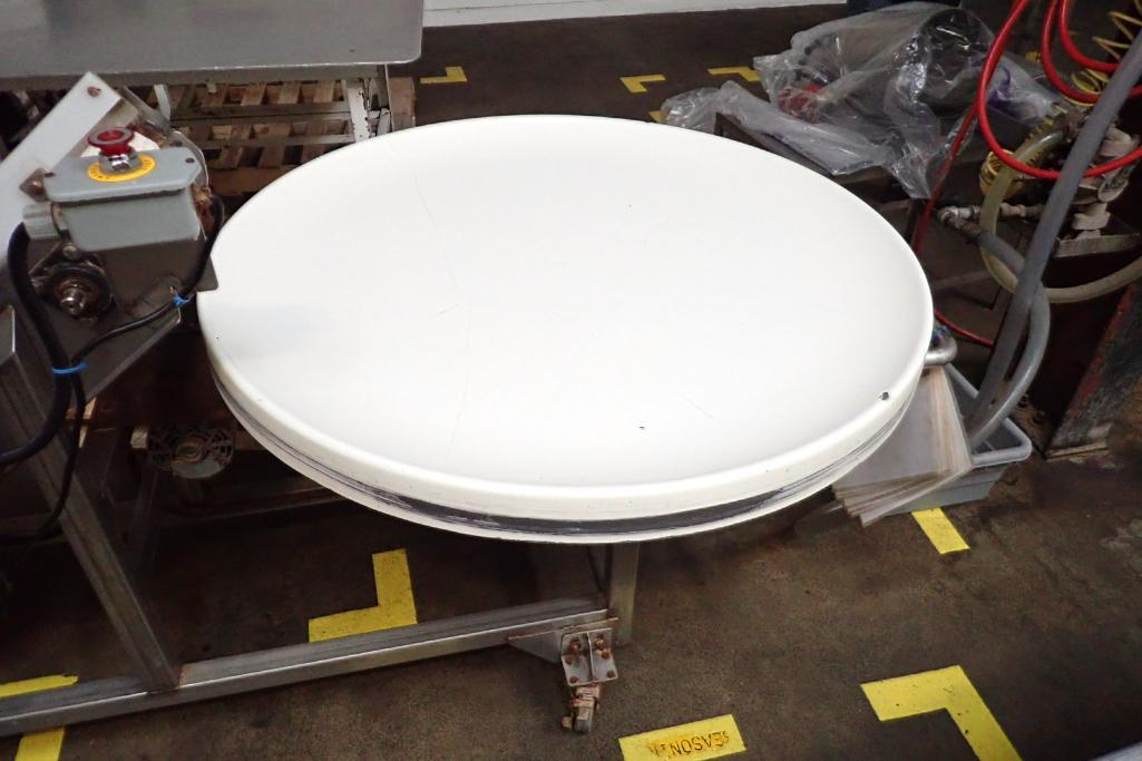 SS incline white cleated Interlock belt conveyor, 8 ft. long x 12 in. wide 10 in. infeed x 42 in. di - Image 2 of 8