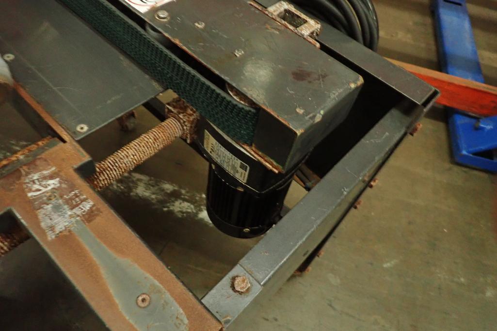 Little David case taper, Model LD3SD, SN 269592SB2, no tape heads. **Rigging Fee: $75** - Image 6 of 7