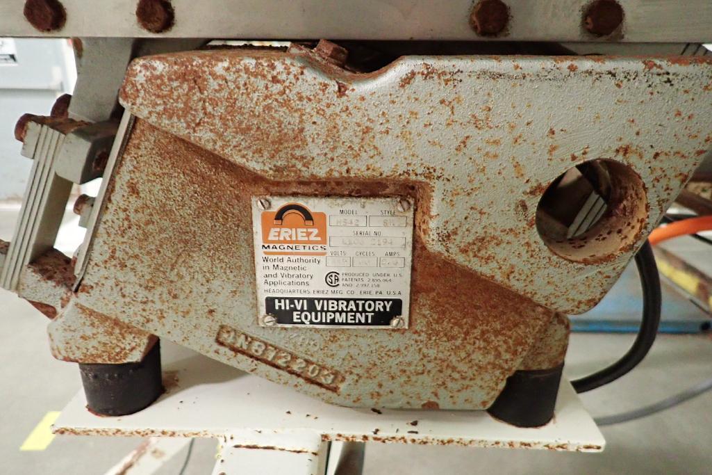Allen SS hopper vibratory feeder system, mild steel frame, for filling bag in box. **Rigging Fee: $4 - Image 11 of 12