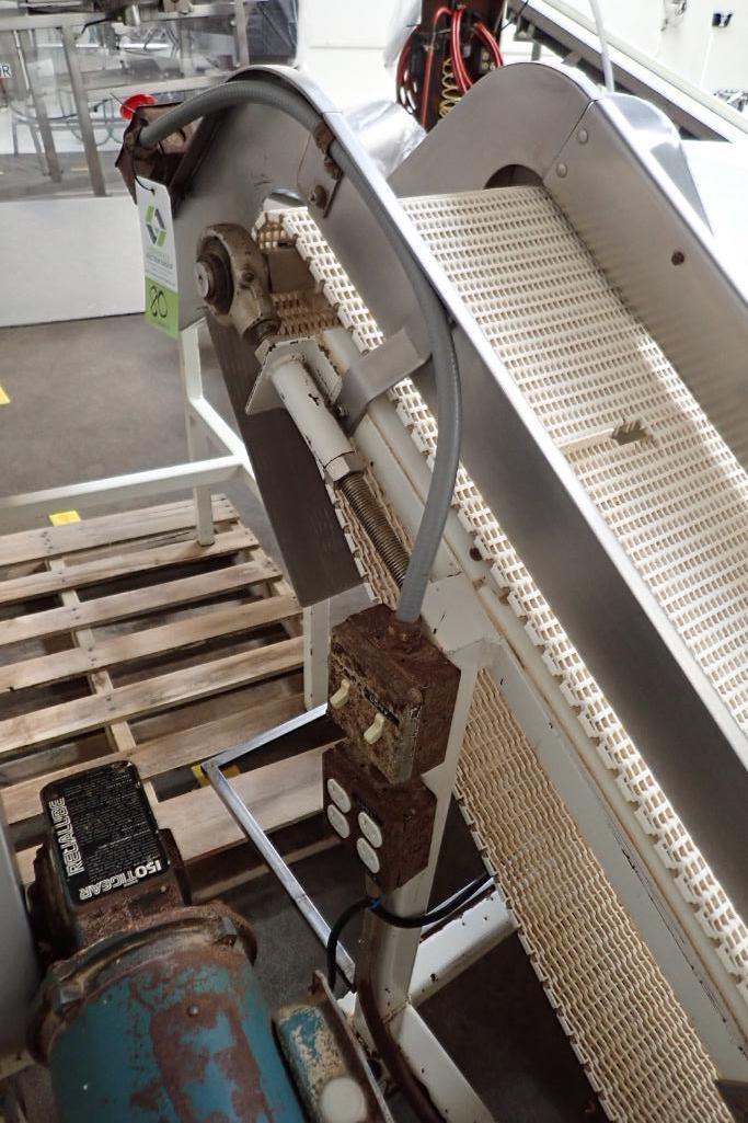 Mild Steel white cleated interlock belt conveyor, 8 ft. long x 12 in. wide, 42 in. discharge, on cas - Image 5 of 6