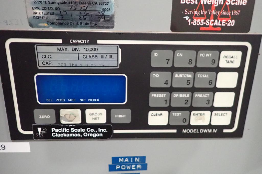 Best Weigh scale, Model DWM-IV/PWC/A, SN F-9531, capacity 200 lbs. x . 05, 19 in. long x 13 in. wide - Image 4 of 6