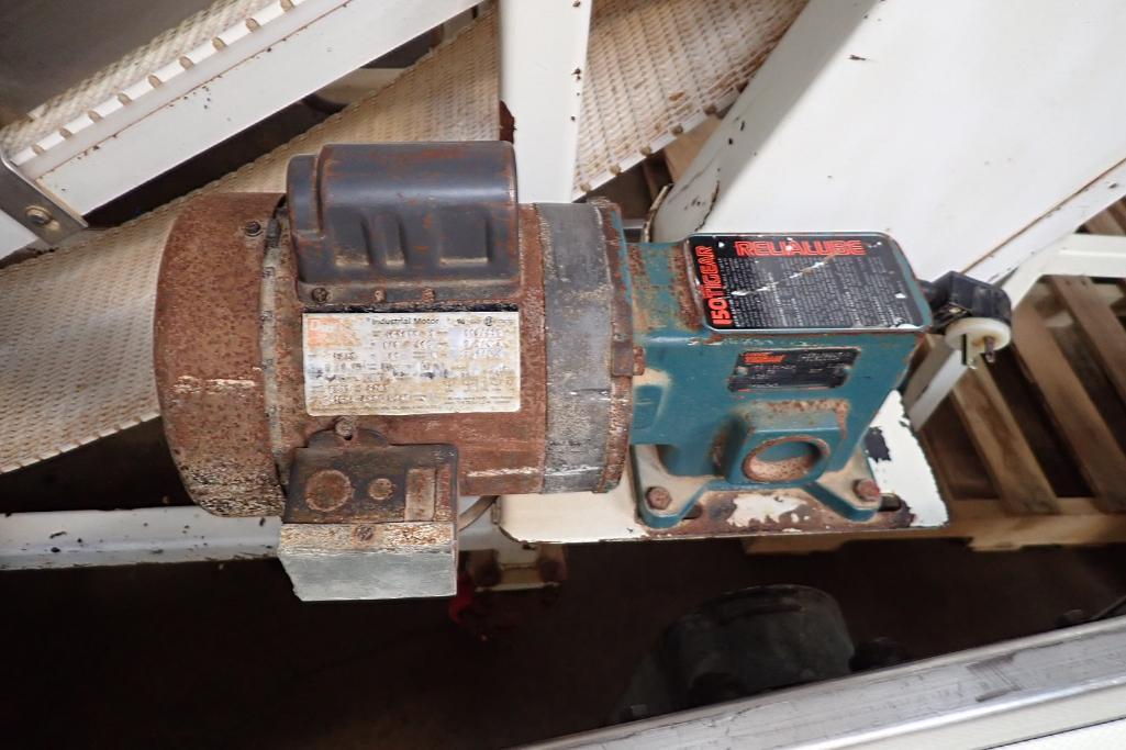 Mild Steel white cleated interlock belt conveyor, 8 ft. long x 12 in. wide, 42 in. discharge, on cas - Image 3 of 6