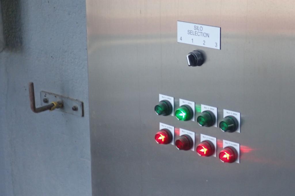 Industrial Automation SS control panel, w/ Allen Bradley Compact Logix L16ER PLC, for flour silos. * - Image 8 of 8