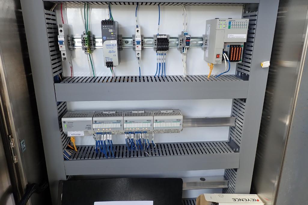 Industrial Automation SS control panel, w/ Allen Bradley Compact Logix L16ER PLC, for flour silos. * - Image 4 of 8
