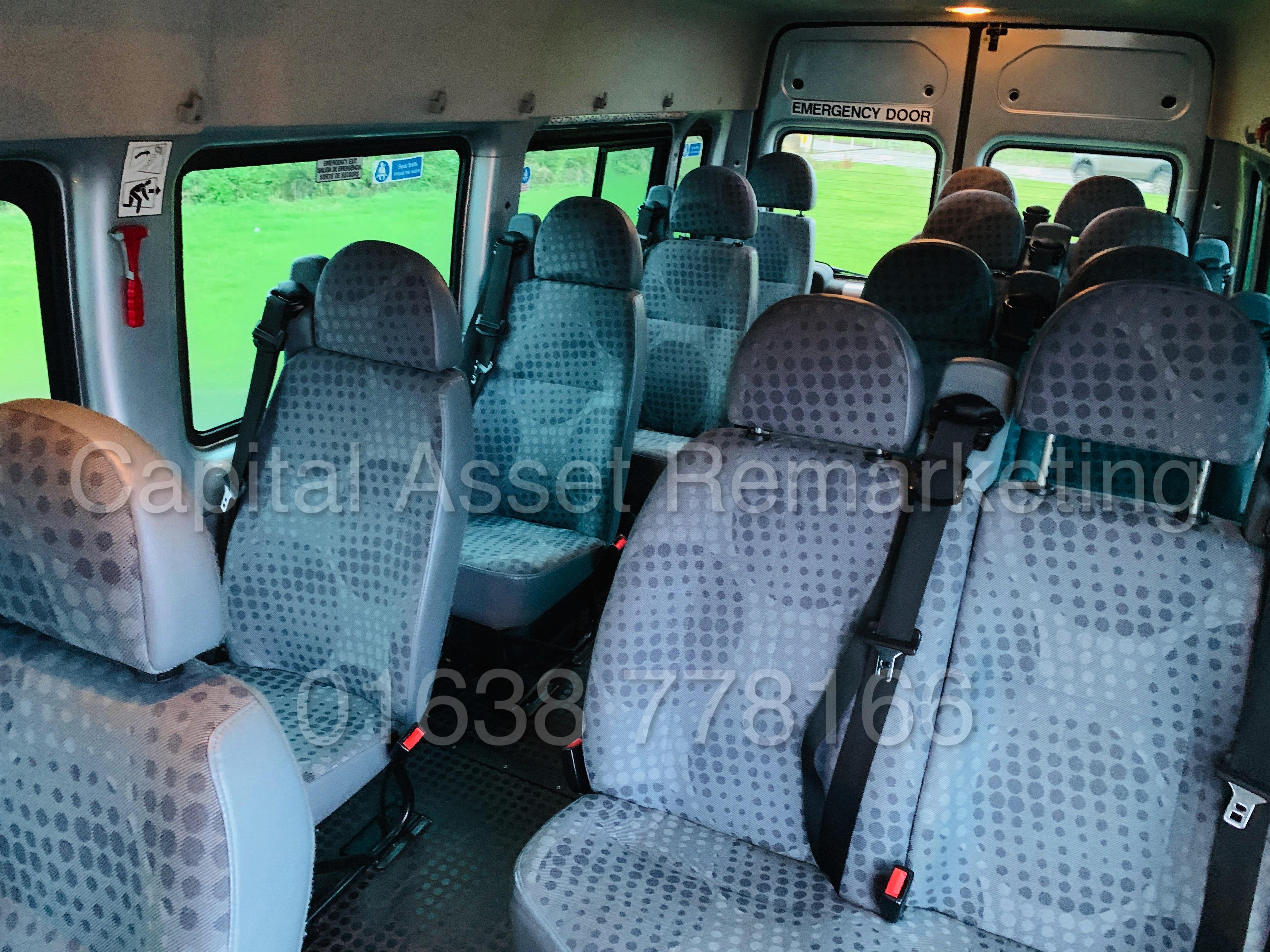 FORD TRANSIT 135 T430 RWD *XLWB -17 SEATER MINI-BUS* (2013) '2.2 TDCI - 135 BHP - 6 SPEED' (1 OWNER) - Image 26 of 43