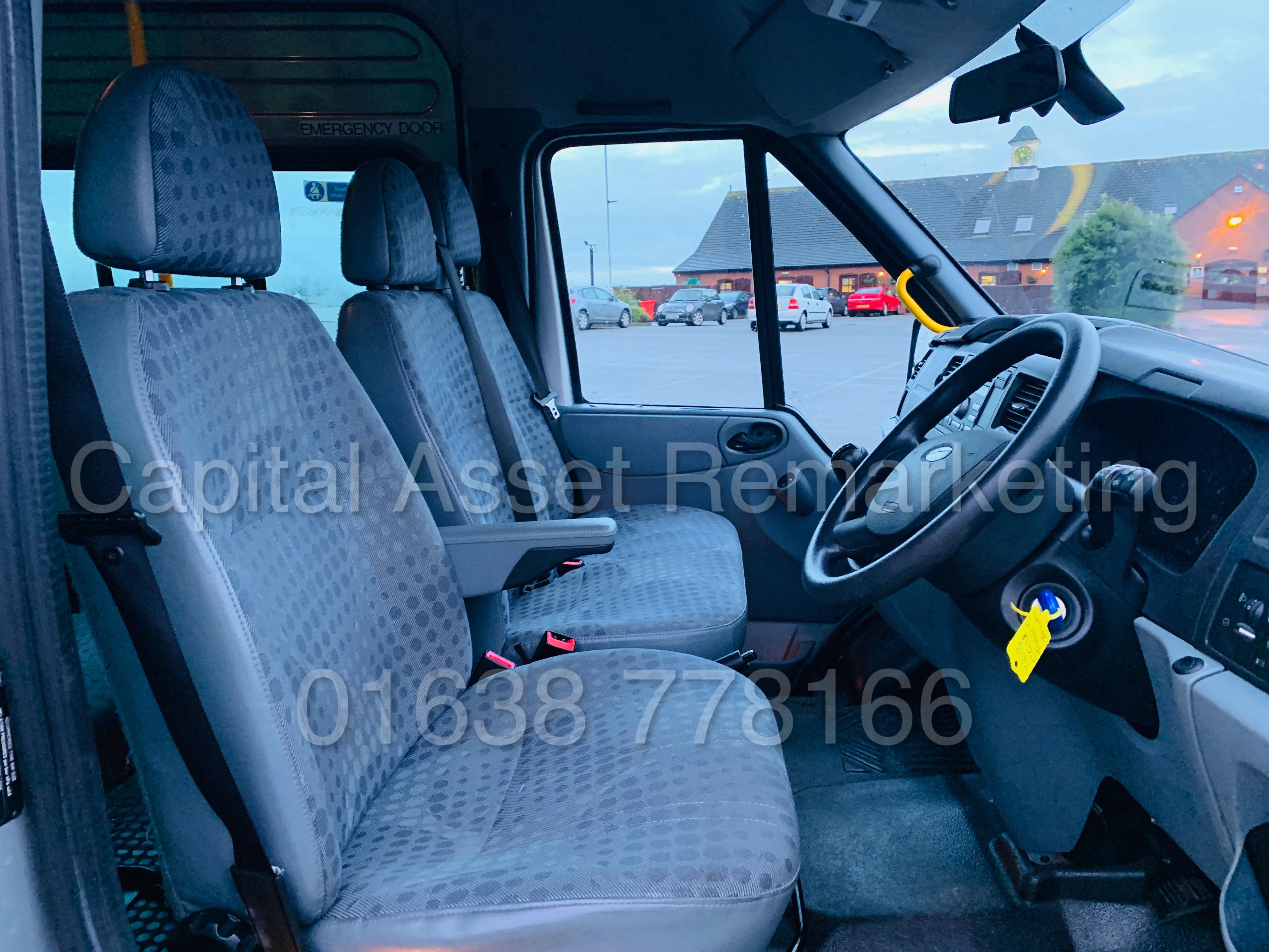 FORD TRANSIT 135 T430 RWD *XLWB -17 SEATER MINI-BUS* (2013) '2.2 TDCI - 135 BHP - 6 SPEED' (1 OWNER) - Image 30 of 43