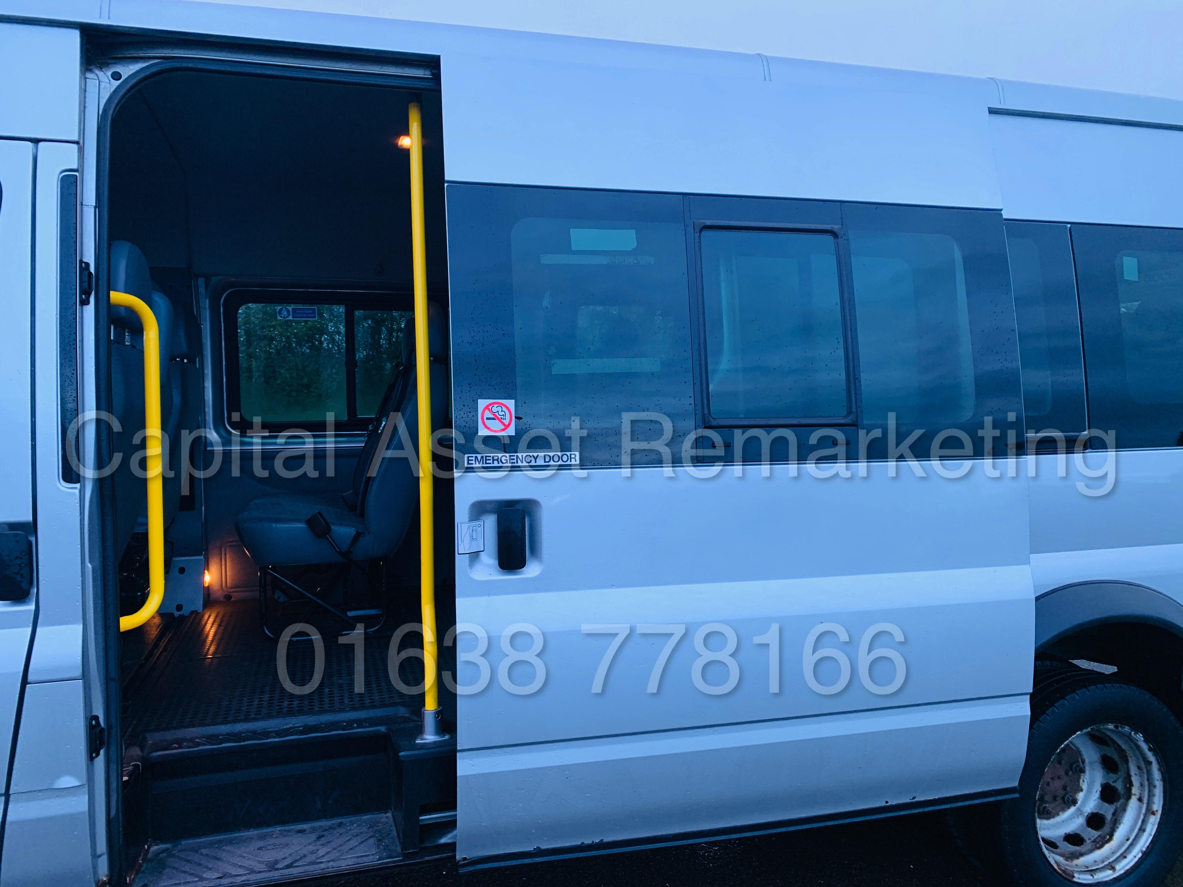 FORD TRANSIT 135 T430 RWD *XLWB -17 SEATER MINI-BUS* (2013) '2.2 TDCI - 135 BHP - 6 SPEED' (1 OWNER) - Image 23 of 43