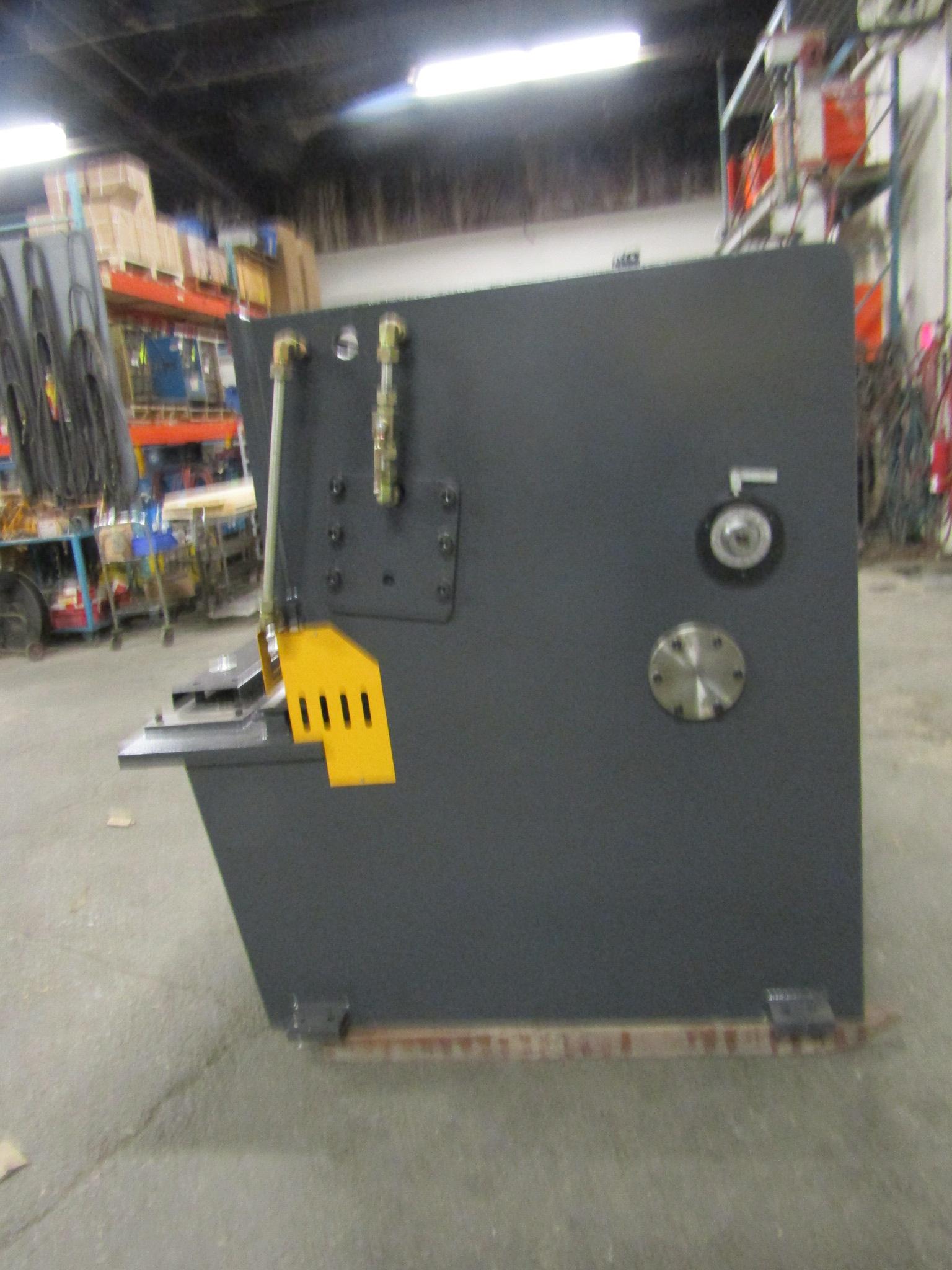 "Lot 234 - Bernardo Hydraulic Shear 1/4"" max capacity 98"" width - 480/575V 3 phase MINT UNUSED UNIT complete"