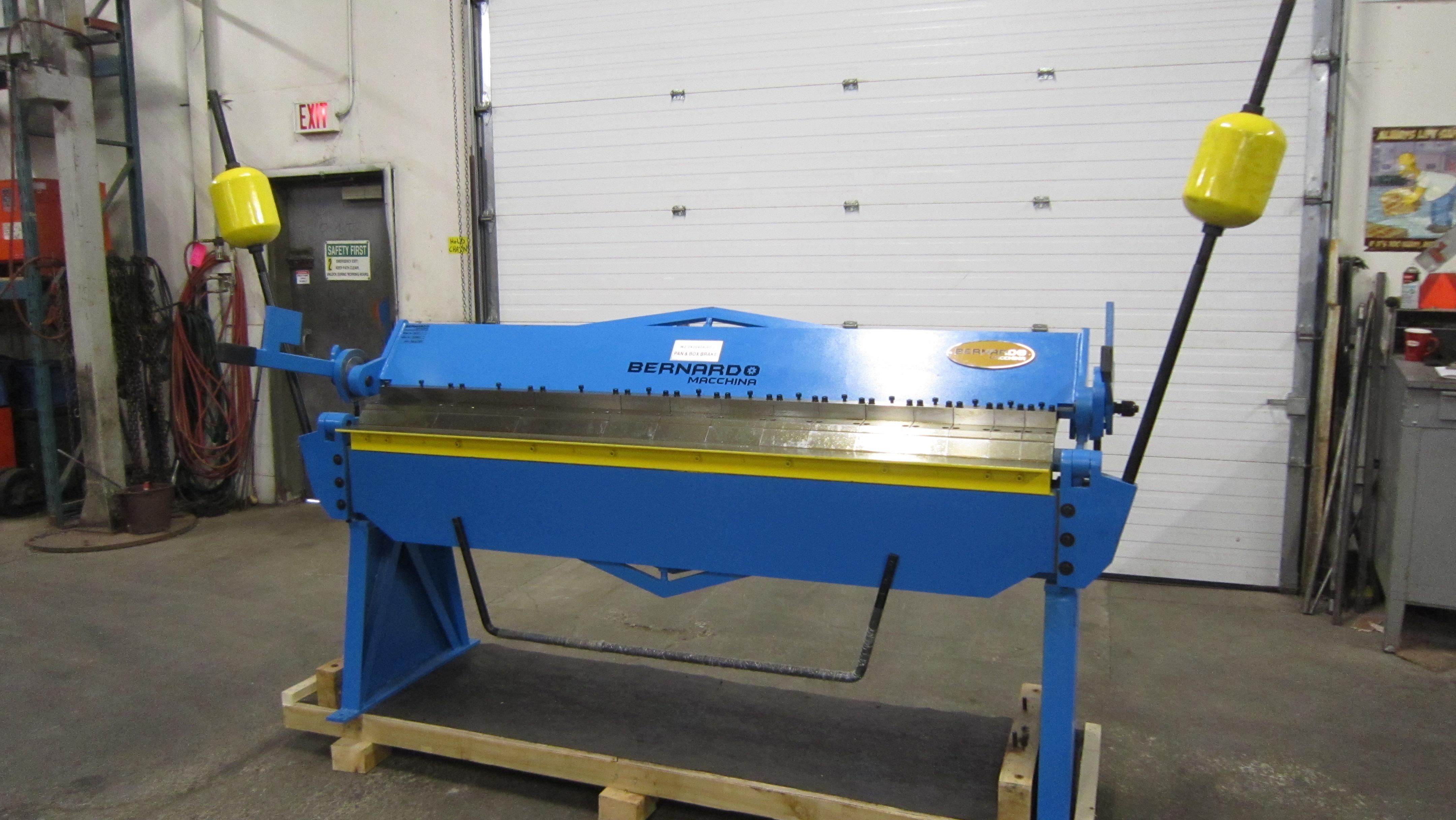 "Lot 236 - Bernardo Box & Pan / Hand Brake - 96"" capacity working width & 2.5mm capacity plate thickness MINT"