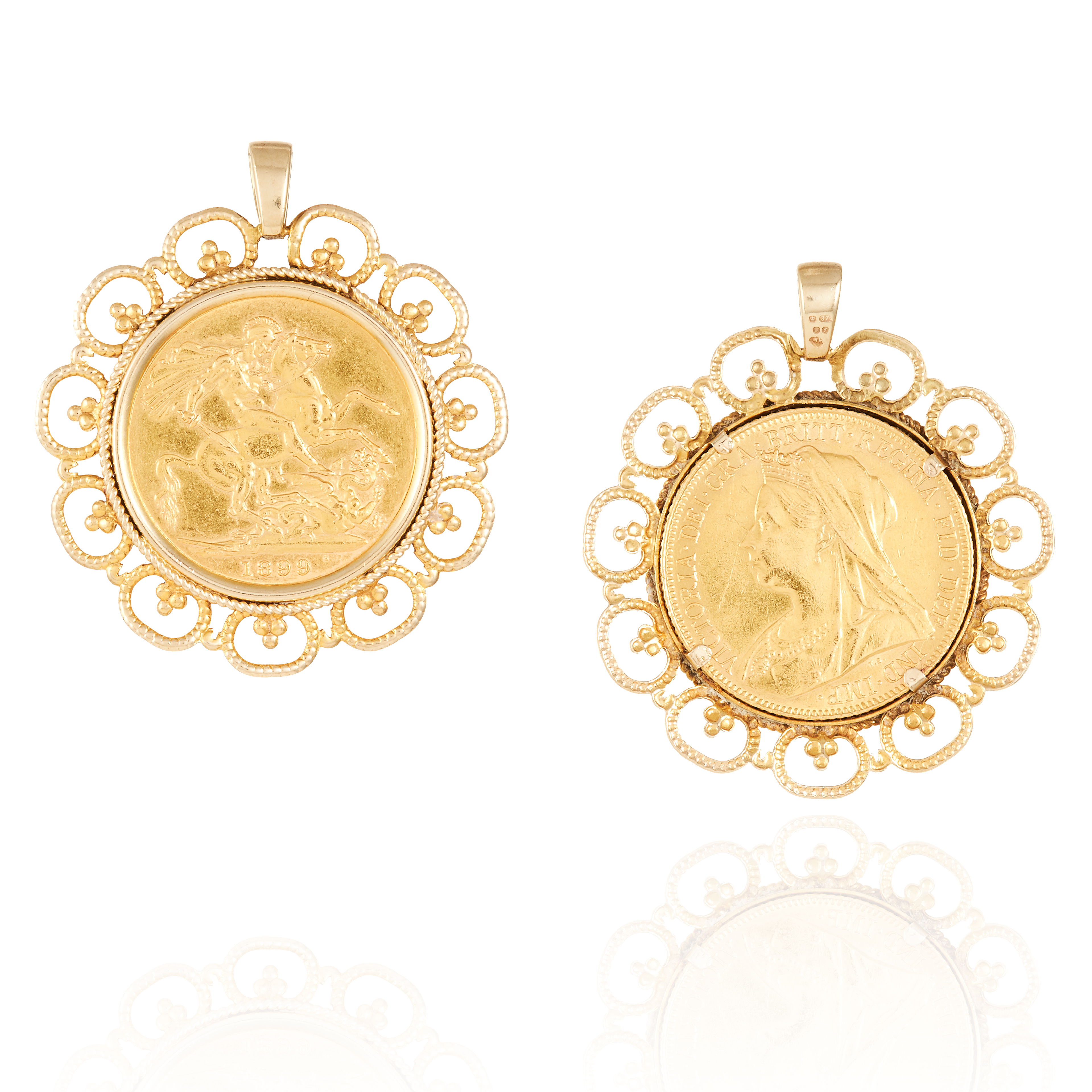 Los 56 - AN ANTIQUE VICTORIAN FULL SOVEREIGN PENDANT in 22ct yellow gold, the Victorian full sovereign in a